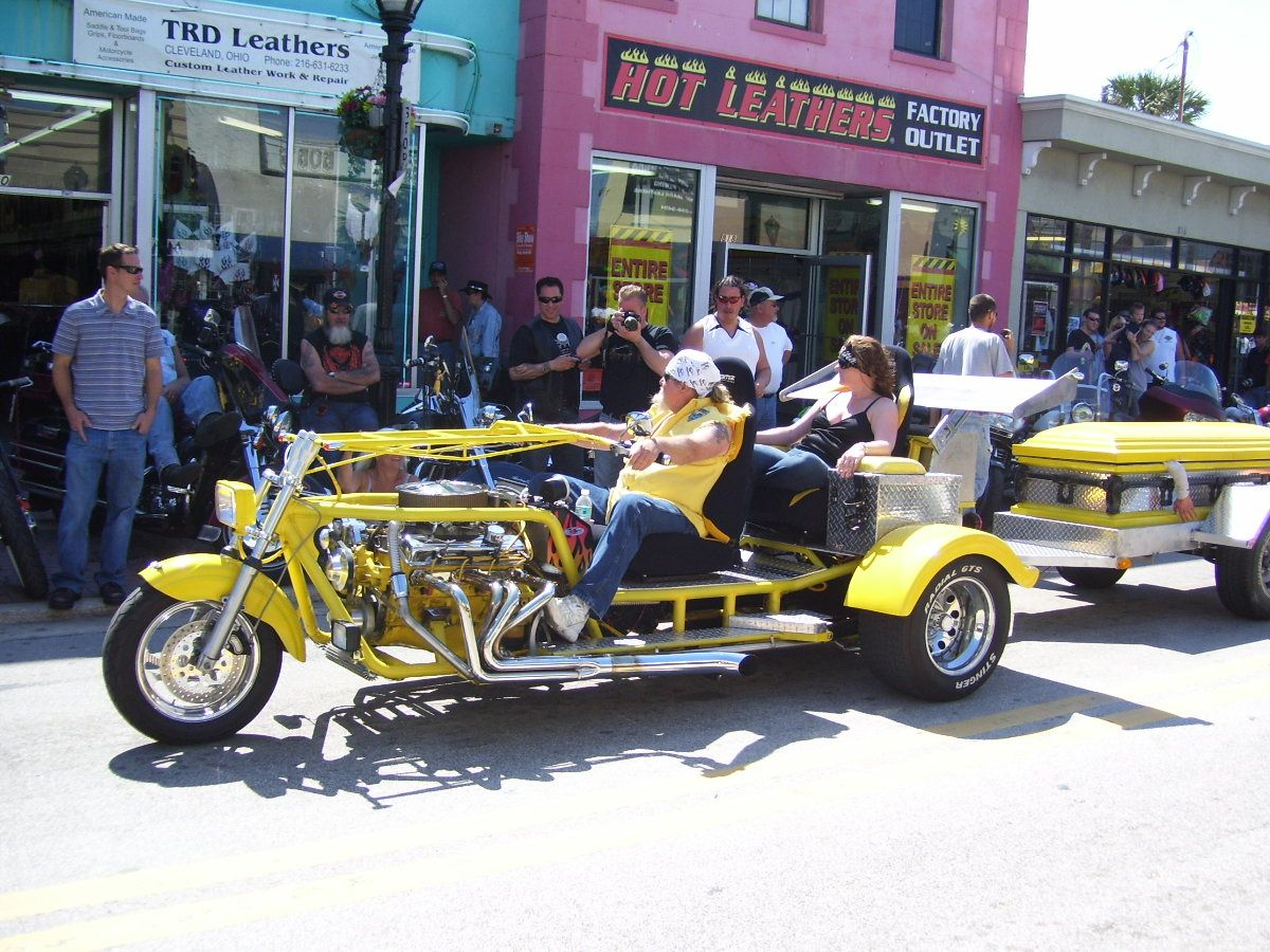 Daytona Bike Week Trikes How About A Airstream Behind This
