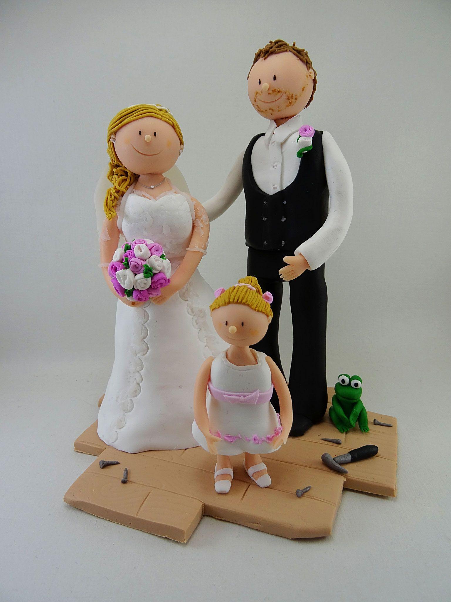 Tortenfigur Brautpaar Zimmermann Mit Kind Tortenfiguren Hochzeit Torten Figuren Hochzeitstorte Brautpaar