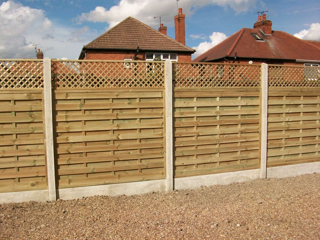 Horizontal fence design fencing trellis top ideas for the horizontal fence design fencing trellis top baanklon Gallery