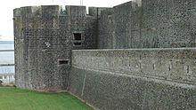 Château de Brest  - La fausse braie et la tour Madeleine