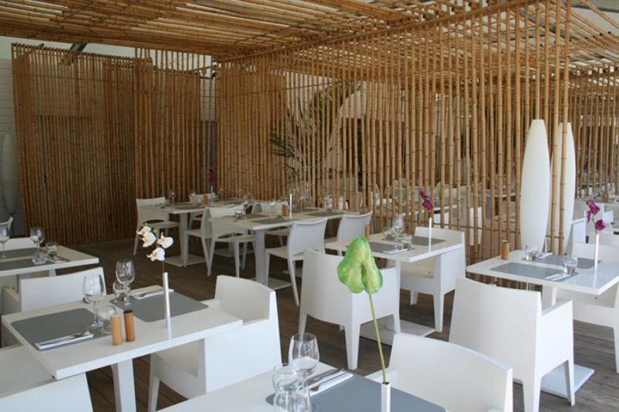 restaurant la paillote bambou paillote pinterest paillote bambou bambou et restaurant. Black Bedroom Furniture Sets. Home Design Ideas