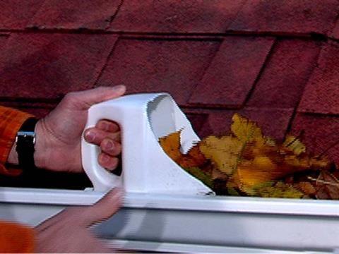 Handy Gutter Cleaning Tool Diy Gutters Detergent