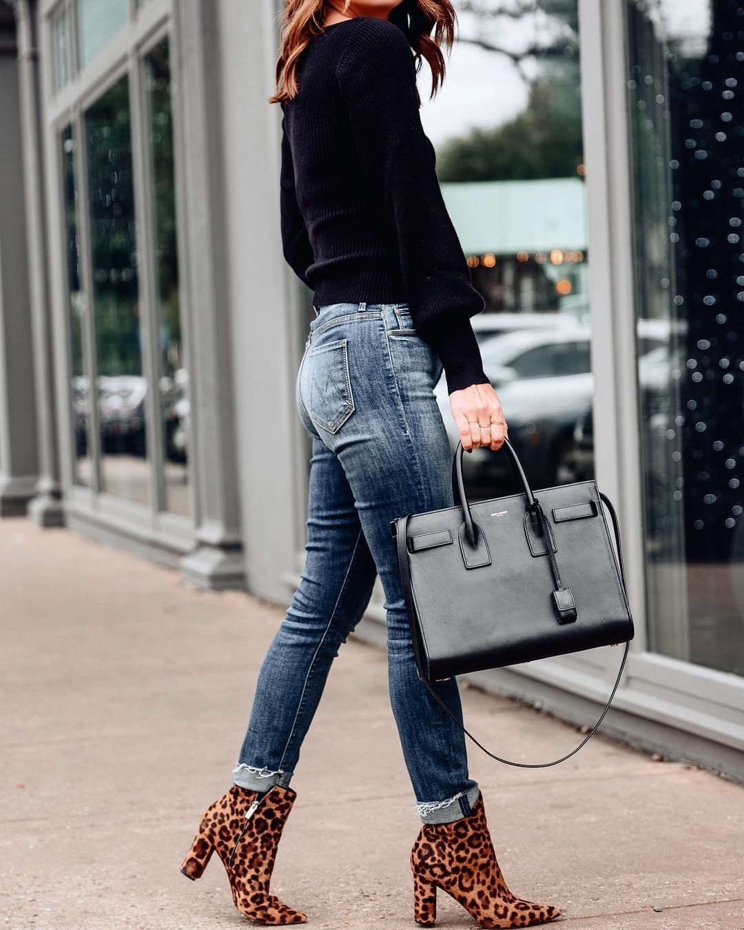 Shop @aloprofile's pop of leopard print and classic denim combo, plus more #liketkit outfit inspo, instantly via screenshot when you… #leopardshoesoutfit