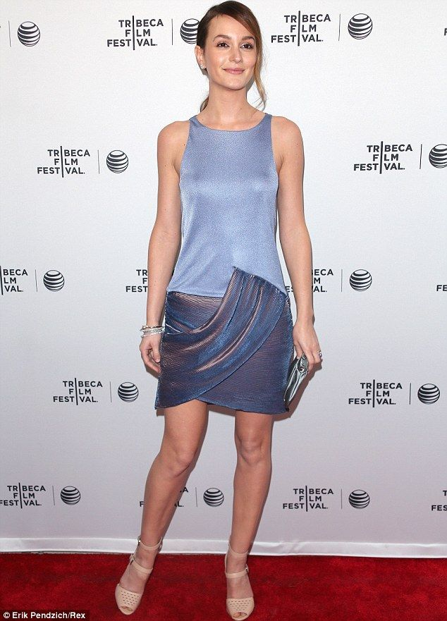 beauty in blue leighton meester 27 arrived at the red