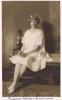Katharina von Griechenland und Dänemark, future Lady Brandram 1913-2007 | Flickr - Photo Sharing!