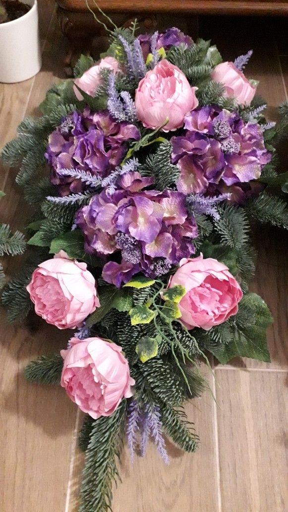 Pin By Helena T On Kompozycje Kwiatowe Flower Arrangements Modern Flower Funeral Flowers