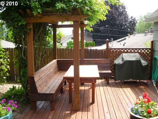 Pergola Over Bench Seating On The Deck Edge