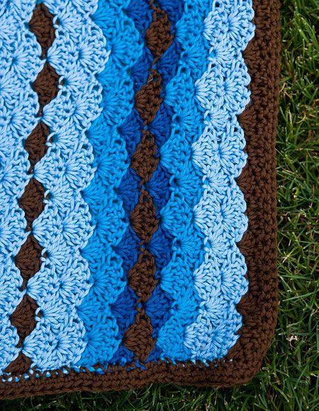 Free+Shell+Stitch+Crochet+Pattern   Shell Stitch Snuggle Blanket - Knitting Patterns and Crochet Patterns ...