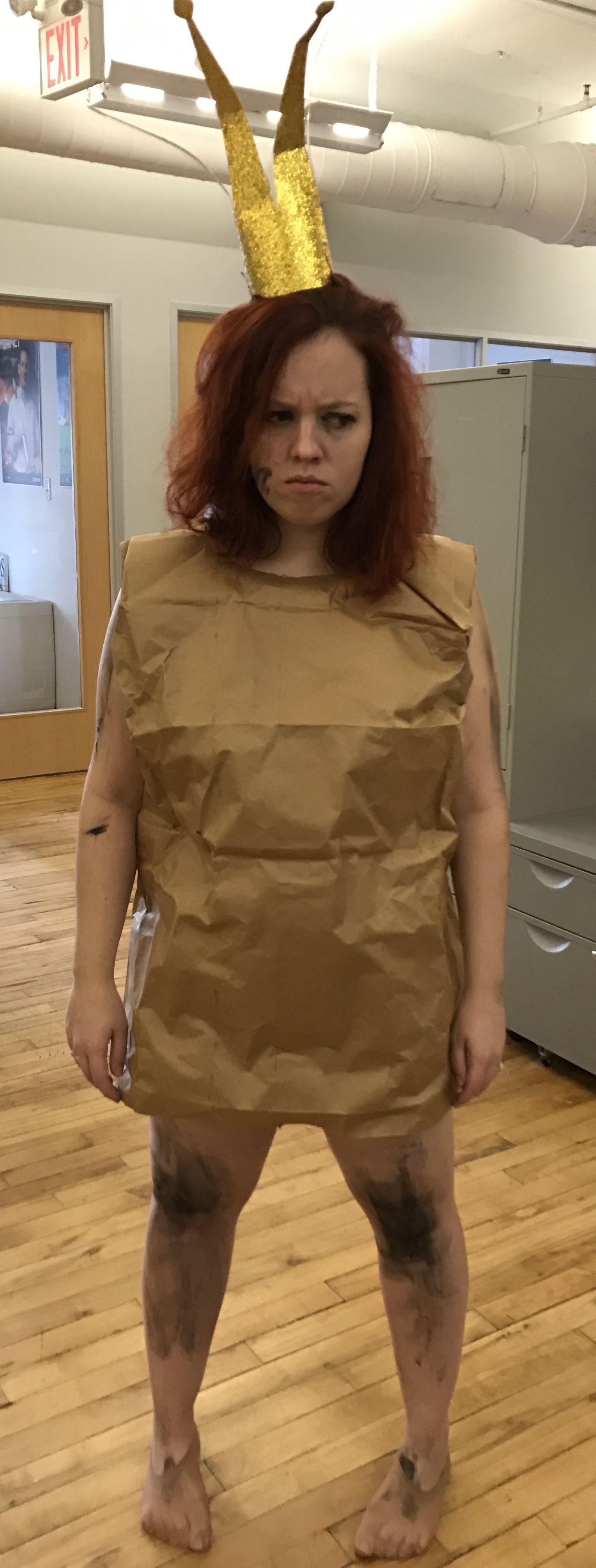 Halloween Costume 2016 - Paper Bag Princess Costume #paperbagprincess #paperbagprincesscostume #paperbag #robertmunsch #homemadecostume #halloweencostume #easycostume #cheapcostume #halloween #halloweenDIY #paperbagprincesscostume Halloween Costume 2016 - Paper Bag Princess Costume #paperbagprincess #paperbagprincesscostume #paperbag #robertmunsch #homemadecostume #halloweencostume #easycostume #cheapcostume #halloween #halloweenDIY #paperbagprincesscostume
