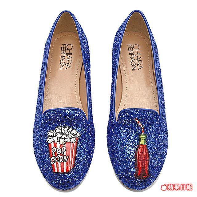 樂福鞋上有爆米花與可樂。8950元