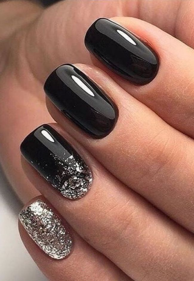 35 Fabulous Black Nail Designs For Ladies With Images Short Square Nails Black Nail Designs Stylish Nails