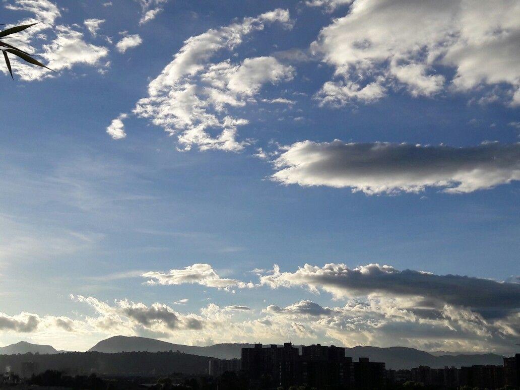 Atardecer Bogotano, nubes