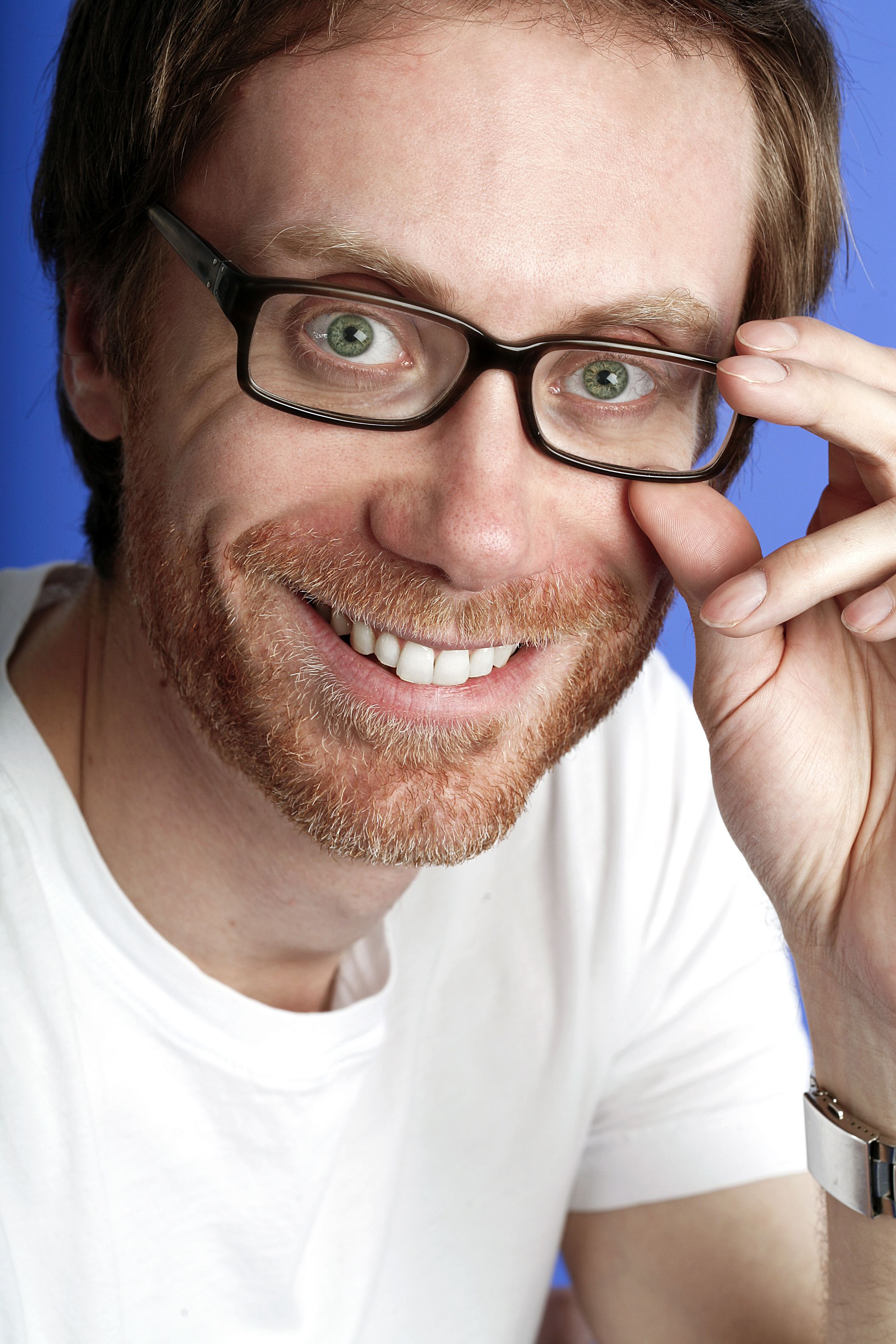 stephen merchant eyes