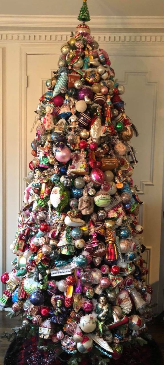 Please Contact Me If You Are Looking For Djs Https Www Djpeter Co Za Dj Photo Christmas Tree Themes Vintage Christmas Decorations Beautiful Christmas Trees