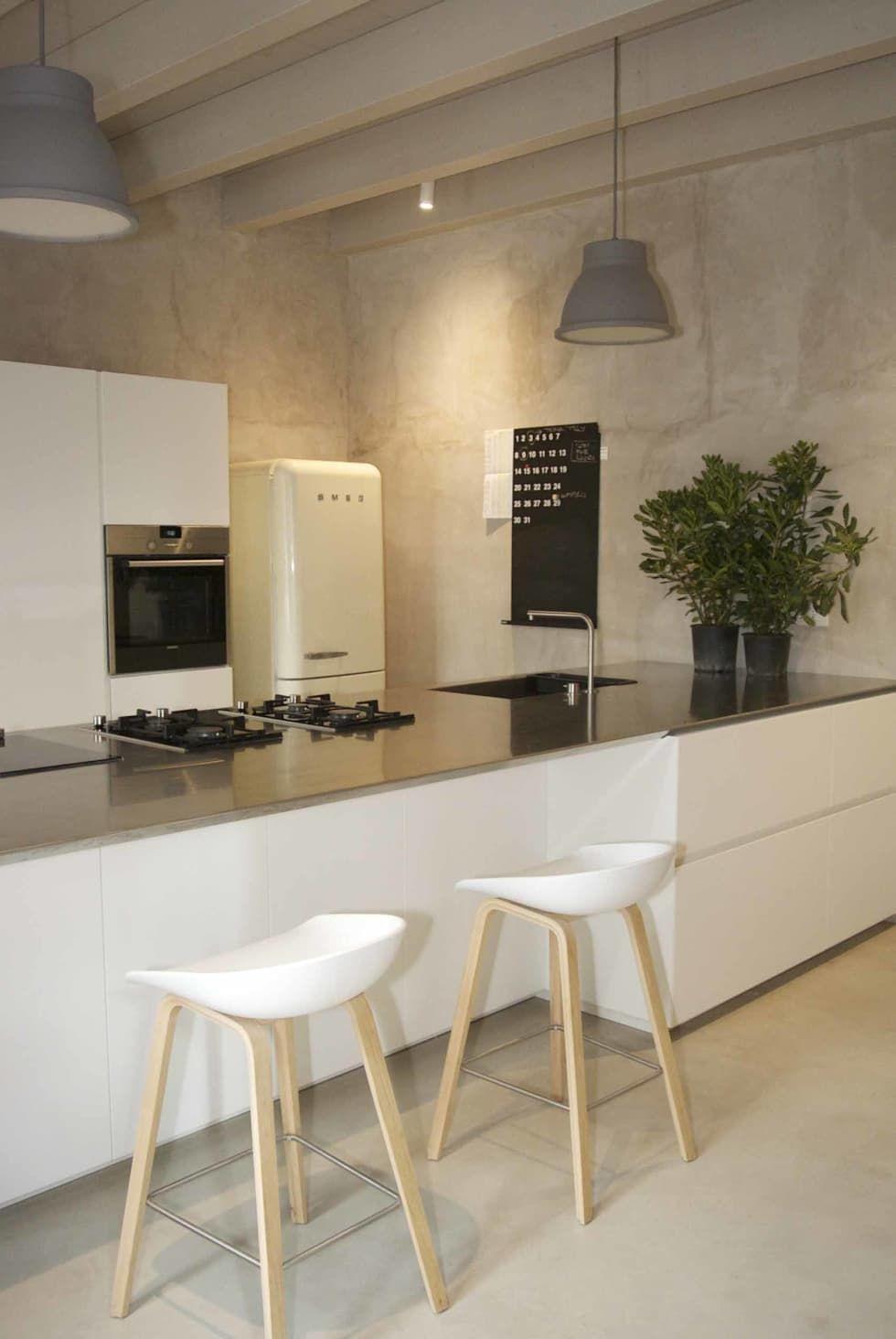 Foto di cucina in stile in stile moderno : casa belfiore | Studio ...