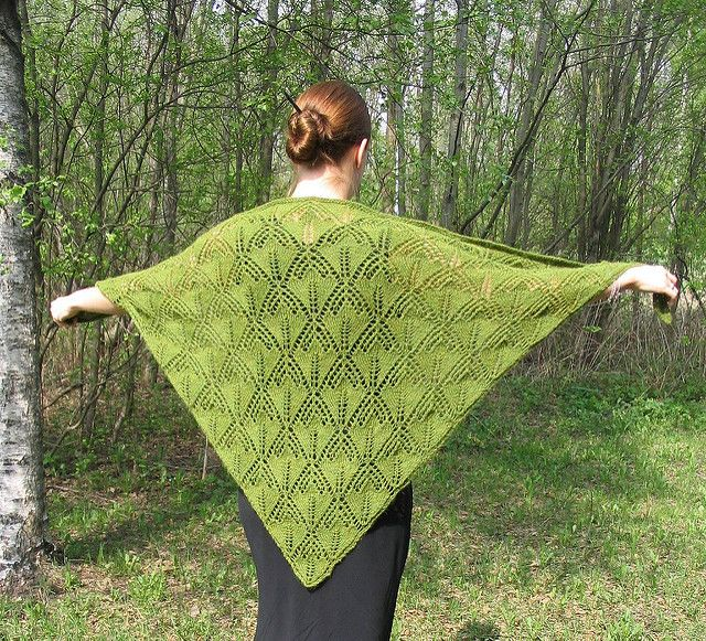Ravelry: Liisan lilja pattern by Elina Urmas | şal | Pinterest ...