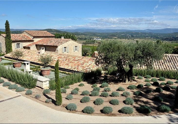 Lacoste, Luberon Garden  pool house Provence, France