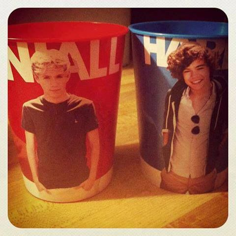 1D cups!