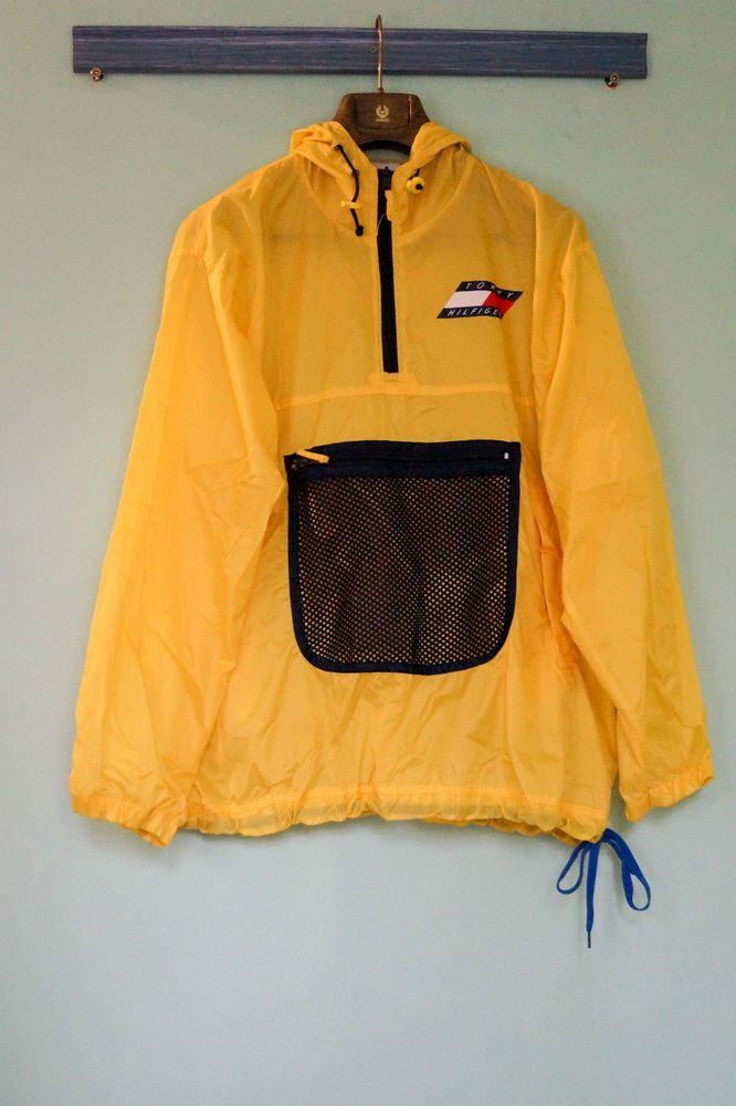 Tommy Hilfiger overhead vintage yellow jacket – Size L  eff918e474f8d