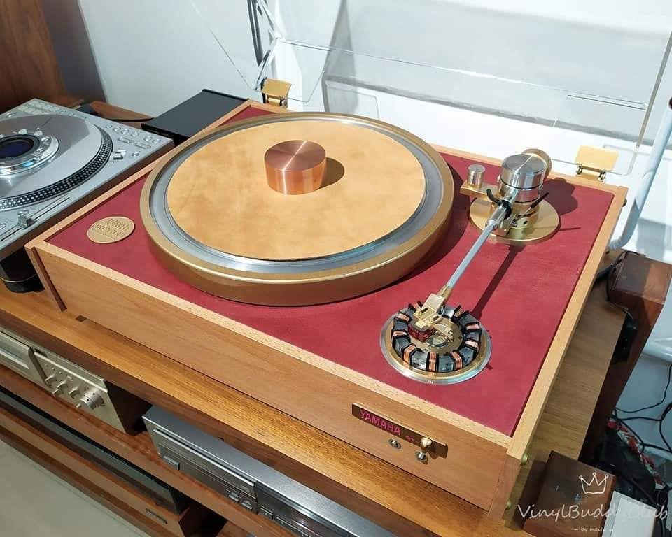 Vintage Yamaha Gt 750 Vinyl Turntable In 2020 Turntable Turn Table Vinyl Technics Turntables