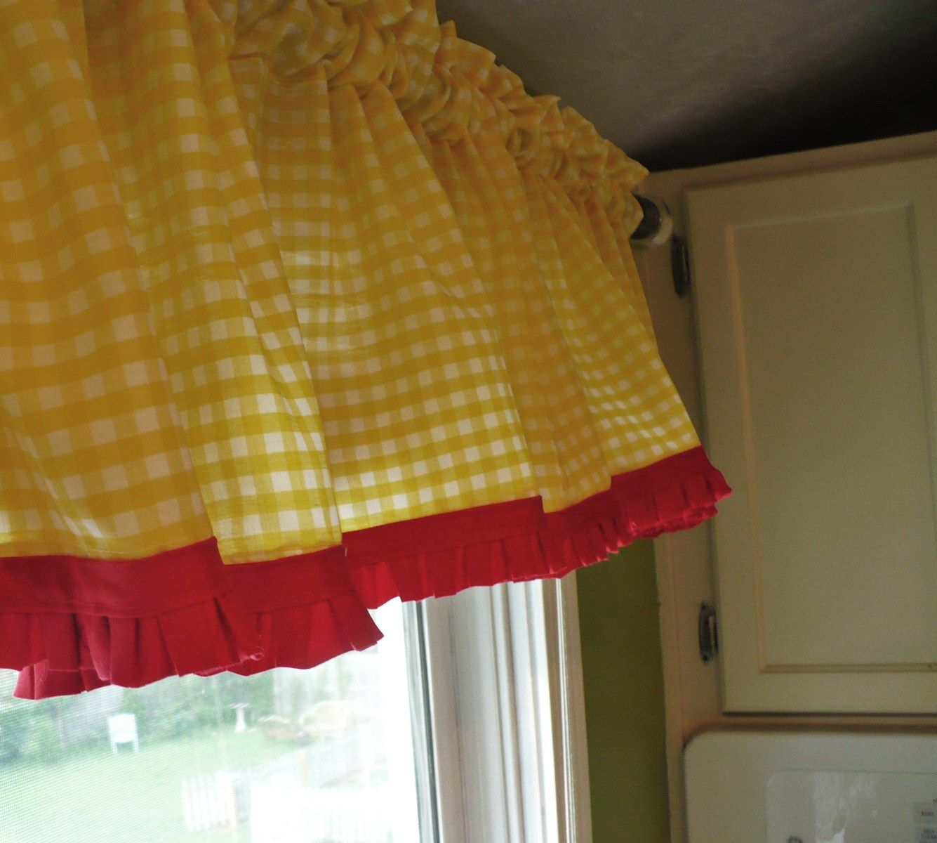 Red kitchen curtains and valances - Making My Kitchen More Summery Yellow Kitchen Curtainsgingham Curtainsred Curtainsvalances