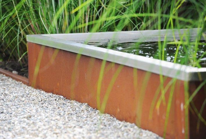 Corten water feature landelijke tuin cortestale vijver water