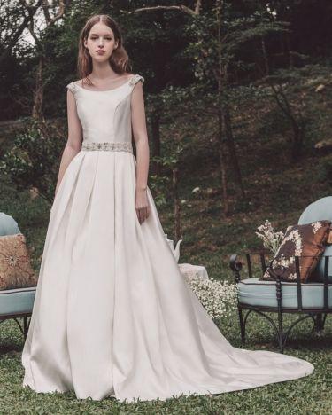 Atelier Lyanna Wedding Dresses Dresses Bridal Gowns