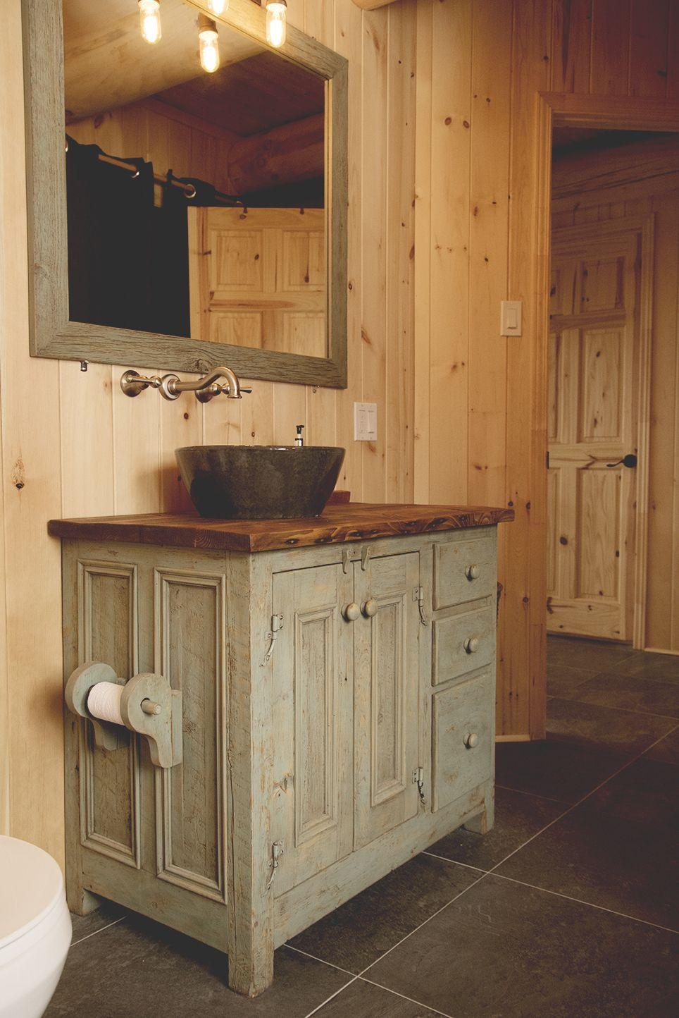 Meubles lavabo en bois de grange julie houde audet for Lavabo plus meuble