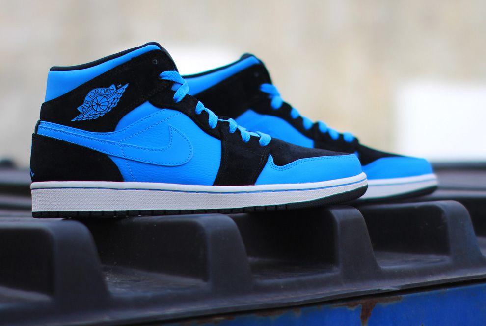 Air Jordan 1 Mid Black Powder Blue Sneakers Men Fashion
