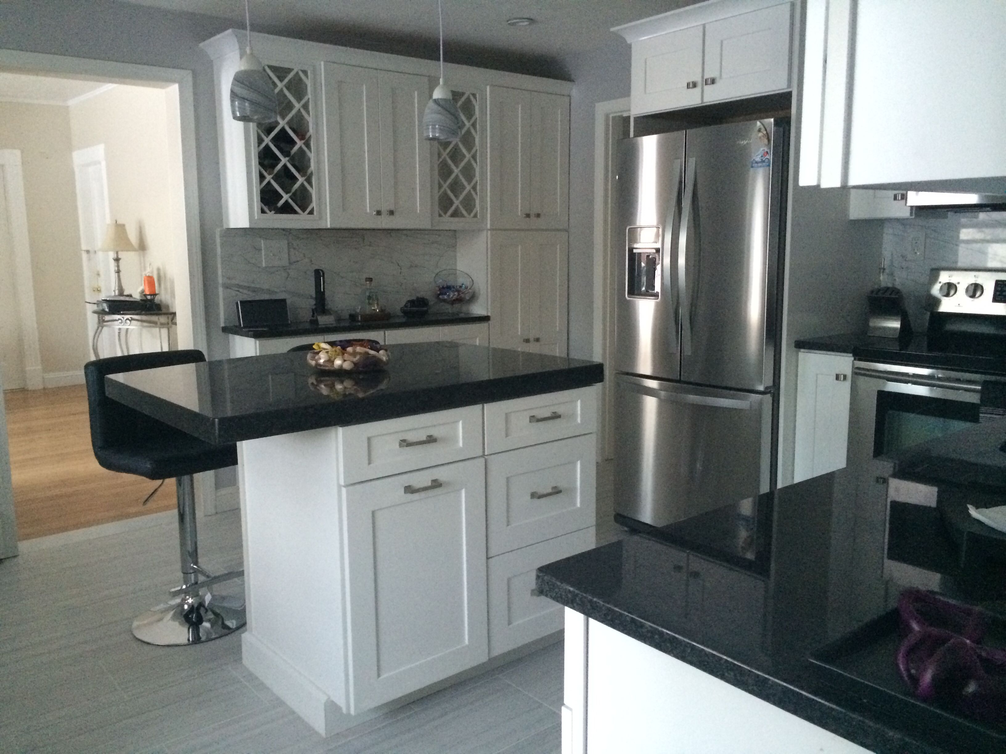 Best White Cabinets With Angola Black Granite Counters Modern 400 x 300