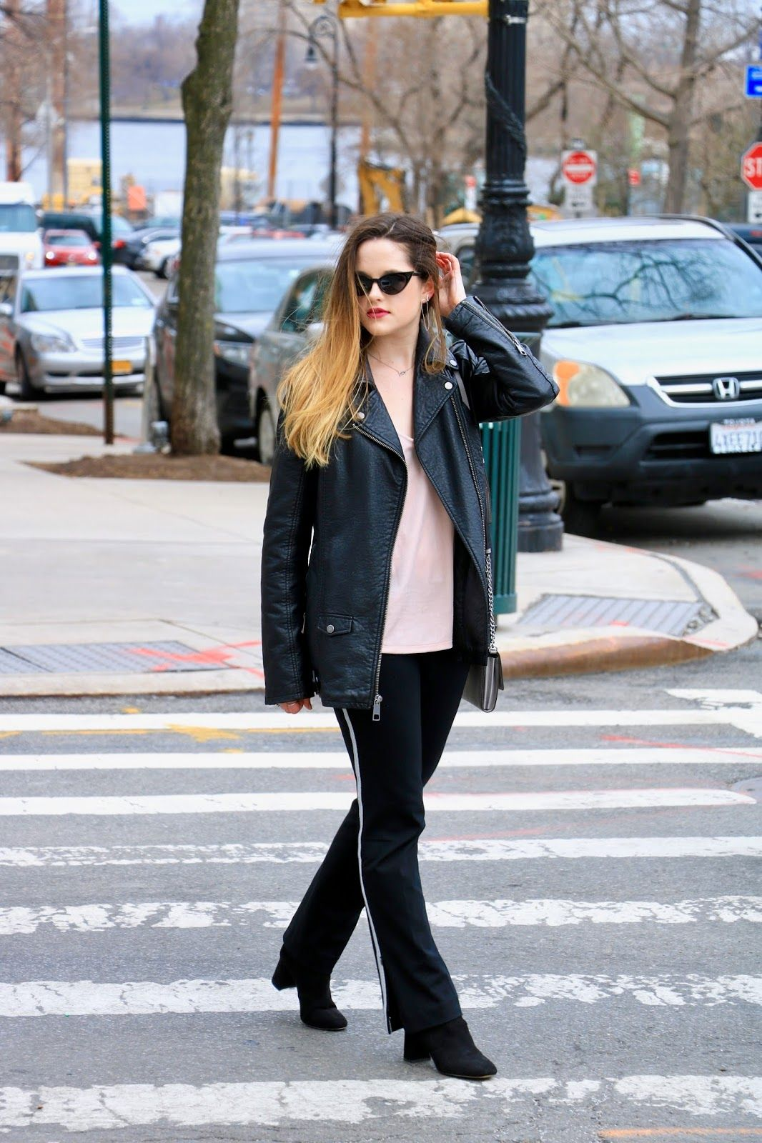Nyc spring street style. Oversized leather jacket and