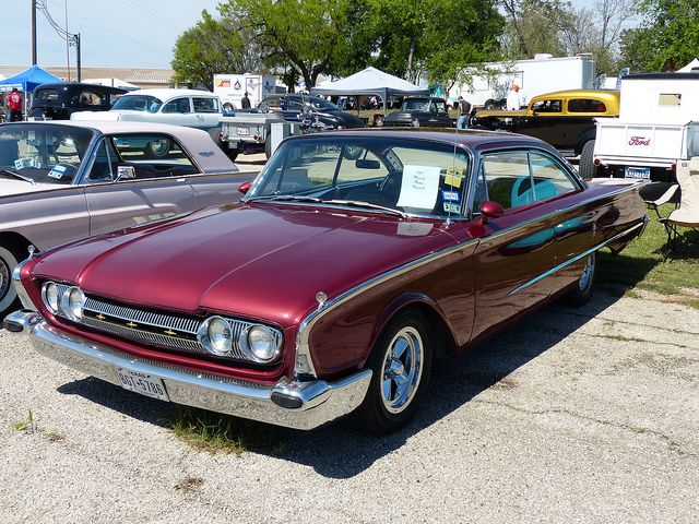 1960 mercury meteor montcalm old school cool pinterest mercury cars and classic cars. Black Bedroom Furniture Sets. Home Design Ideas