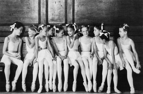greeneyes55:  Young ballet dancers  Photo: Anonymous