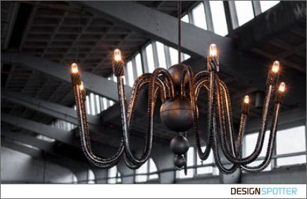 CHAIN REACTION HS - suspension lamp made of recycled bicycle chains, by Laurence van Seventer/ LOLO PALAZZO