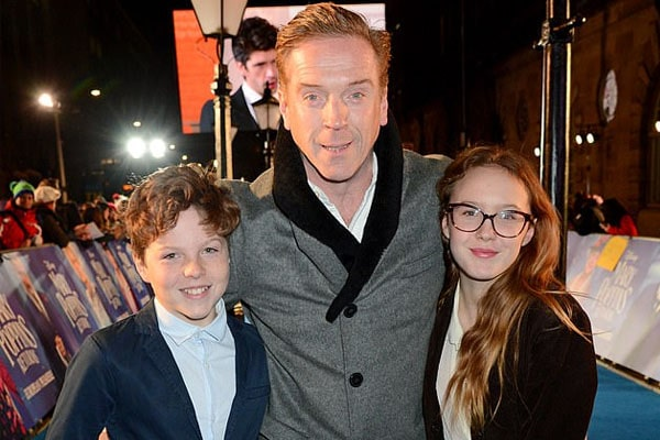 Meet Manon McCrory-Lewis - Photos Of Damian Lewis' Daughter With Wife Helen  McCrory | eCelebrityMirror | Damian lewis, Celebrity babies, Mccrory