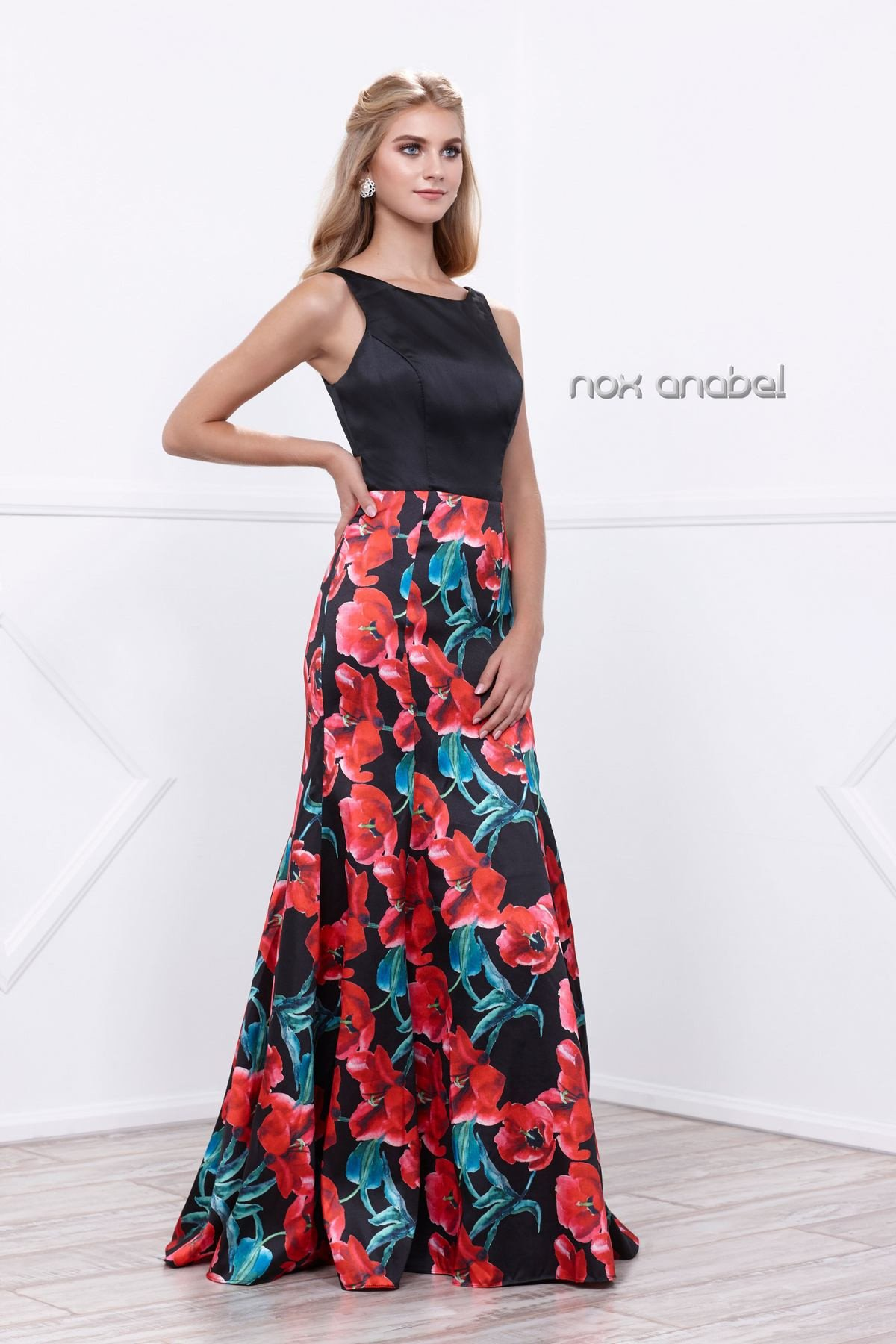 Sleeveless black dress with red floral print by nox anabel
