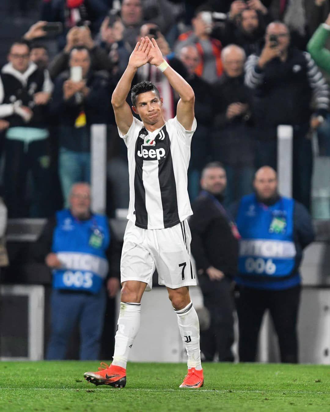 Cristiano Ronaldo On Instagram Ronaldo Ronaldo Football Cristiano Ronaldo