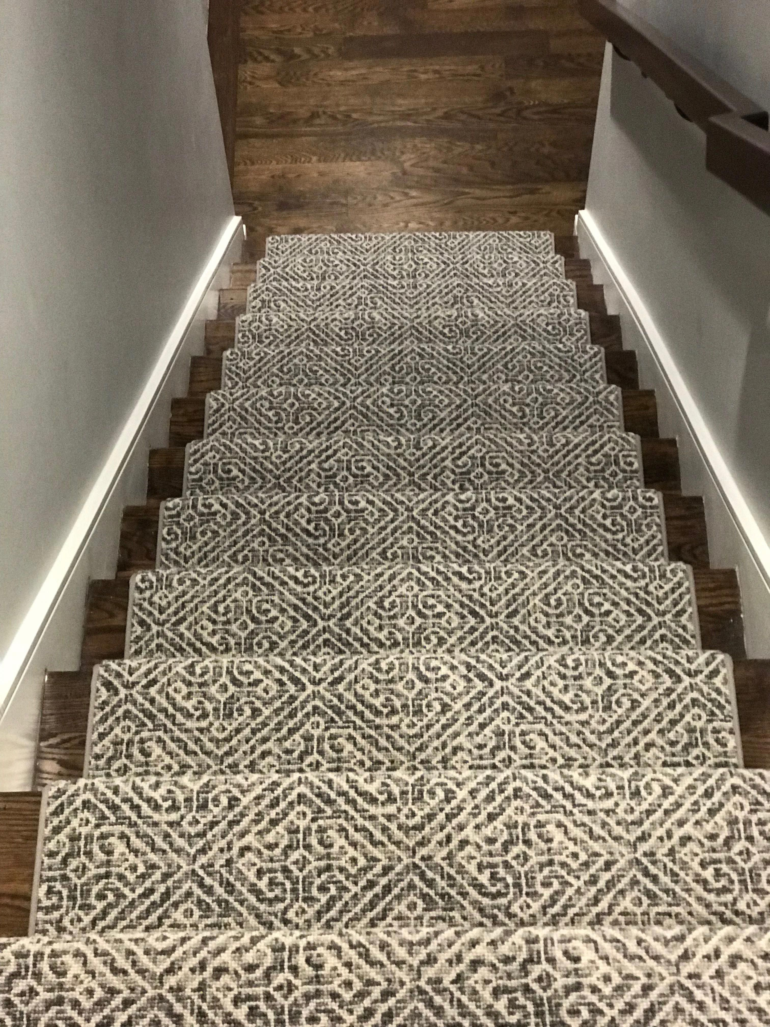 Carpet Runners End Of The Roll Carpet Staircase Carpet Stairs