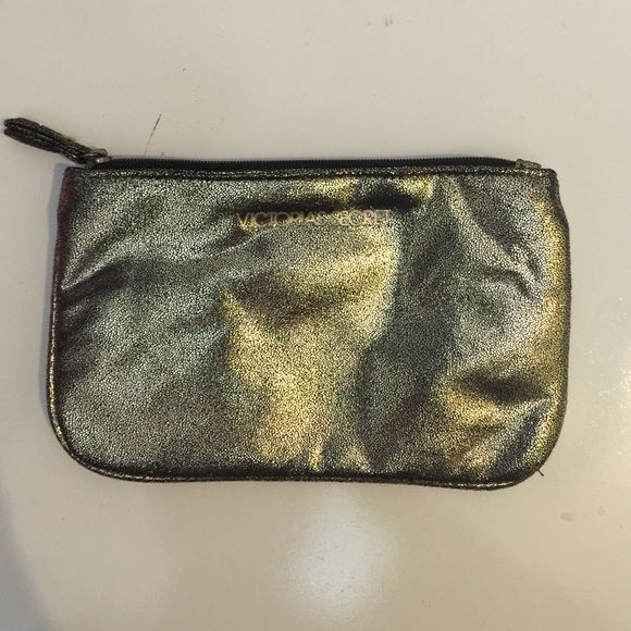 Victoria Secret Makeup Bag Excellent Condition. Victoria's Secret Accessories