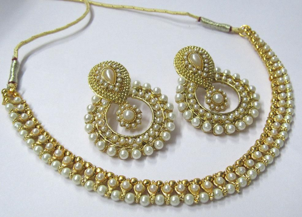 c8c2e413a1407 Shop Golden Polki Necklace Set With Free Kaan Ear Cuff by Shree ...