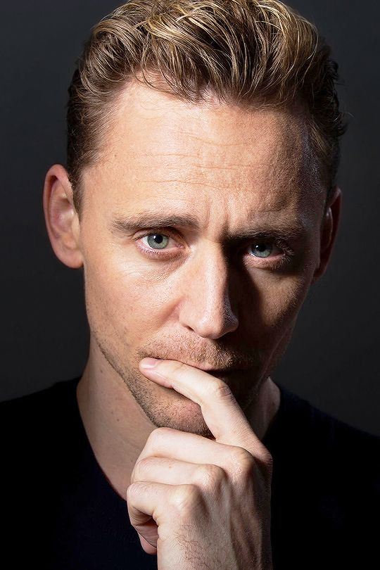 freckletriangleofdoom:  cheers-mrhiddleston:  [x]  @catedevalois, that list is getting longer. Fucking hell.   I'm skeptical of the concept of perfection, and yet…