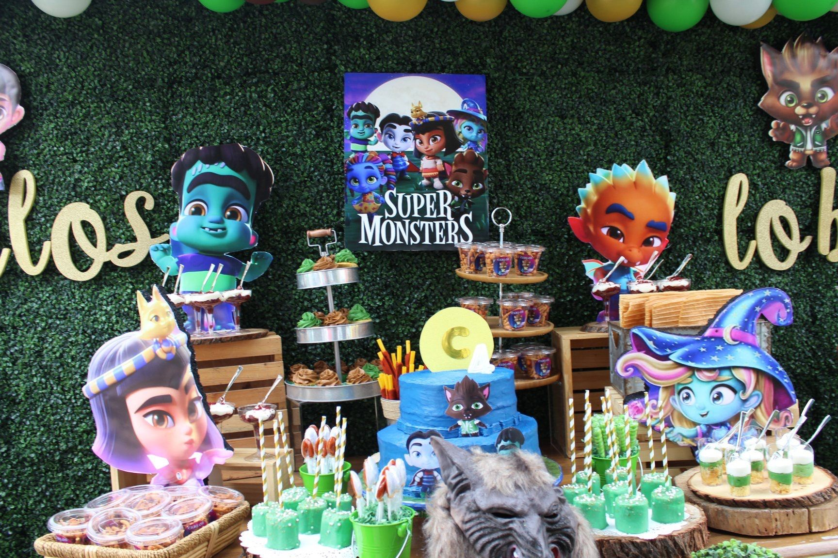 Super Monsters Netflix Mesa De Postres Monster Birthday Parties Birthday Halloween Party Monster Birthday