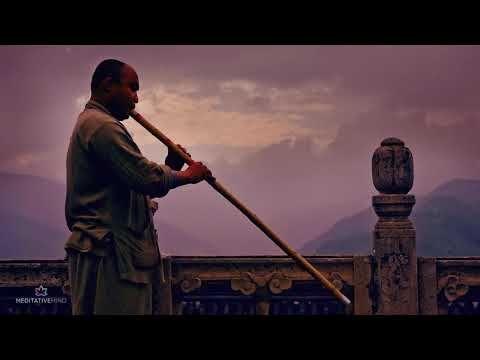 TIBETAN FLUTE MUSIC + OM CHANTING @432Hz ❯ Mantra