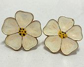 Vintage Apple Blossom Earrings Enamel Retro Summer Garden Party Bridal Mom fresh fashion