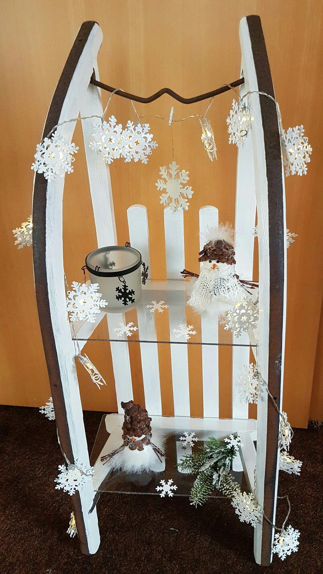 Meine Schlitten Deko - warum muss ein Schlitten weihnachtlich dekoriert werden.....,  #Deko #... #Ästeweihnachtlichdekorieren