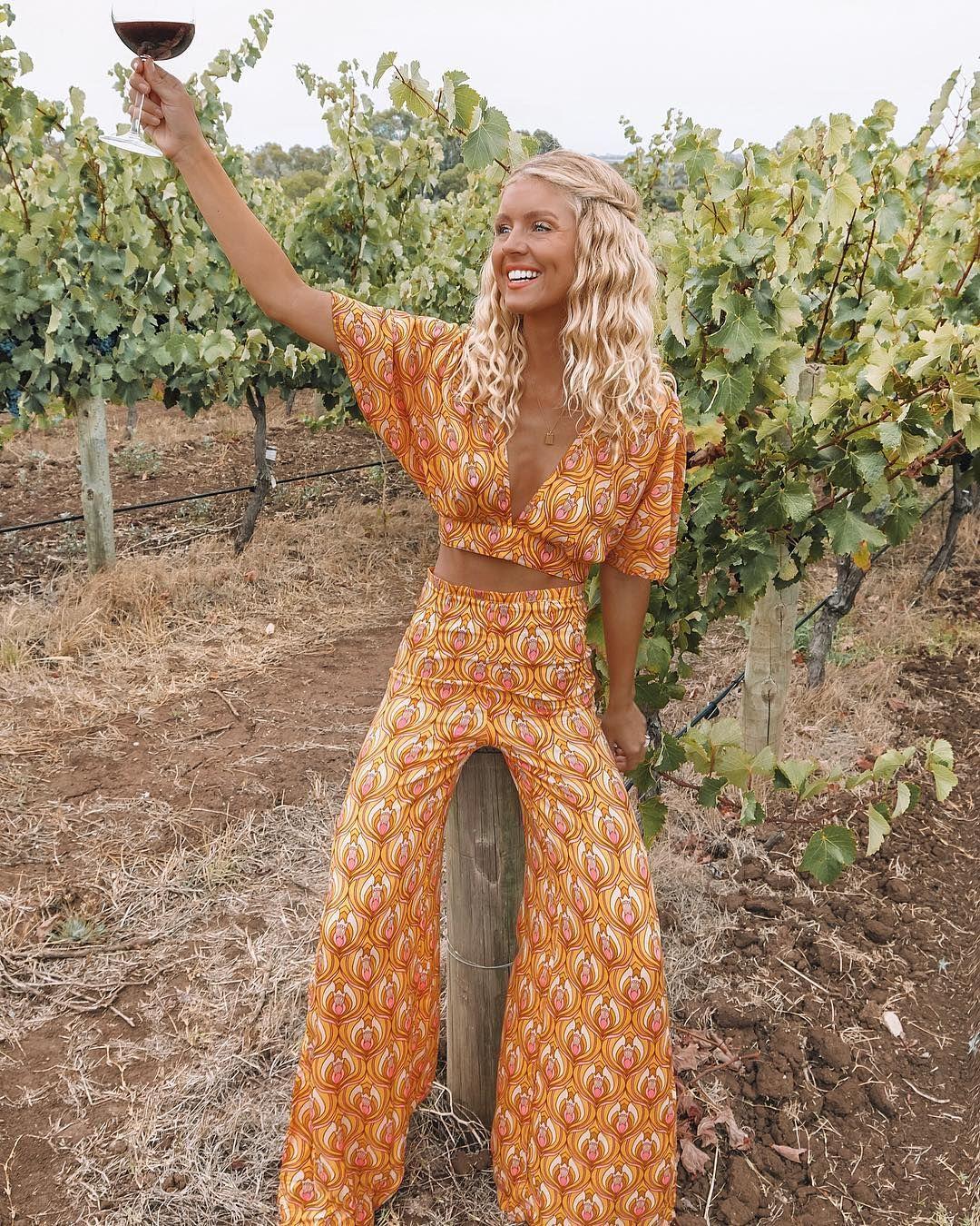 "Elise Cook ◈ AUSTRALIA on Instagram: ""Back in SA for a quick visit"