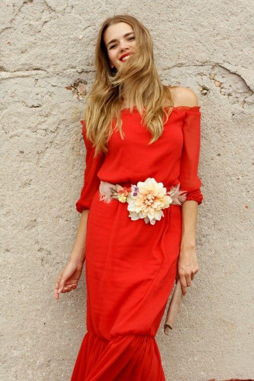 disponibilidad en el reino unido 6a97d 62d69 Rojo y flores | Fashion en 2019 | Accesorios para vestido ...