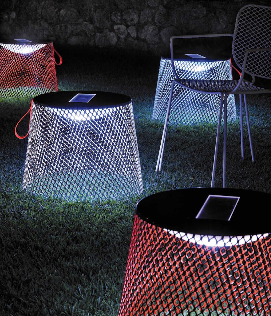 Table basse de jardin contemporaine lumineuse par Paola Navone - IVY ...