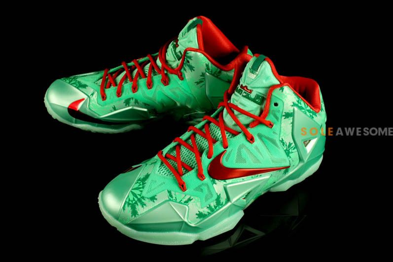 Lebron Christmas Edition.Lebron 11 Christmas Edition Green And Red S M Robbie S