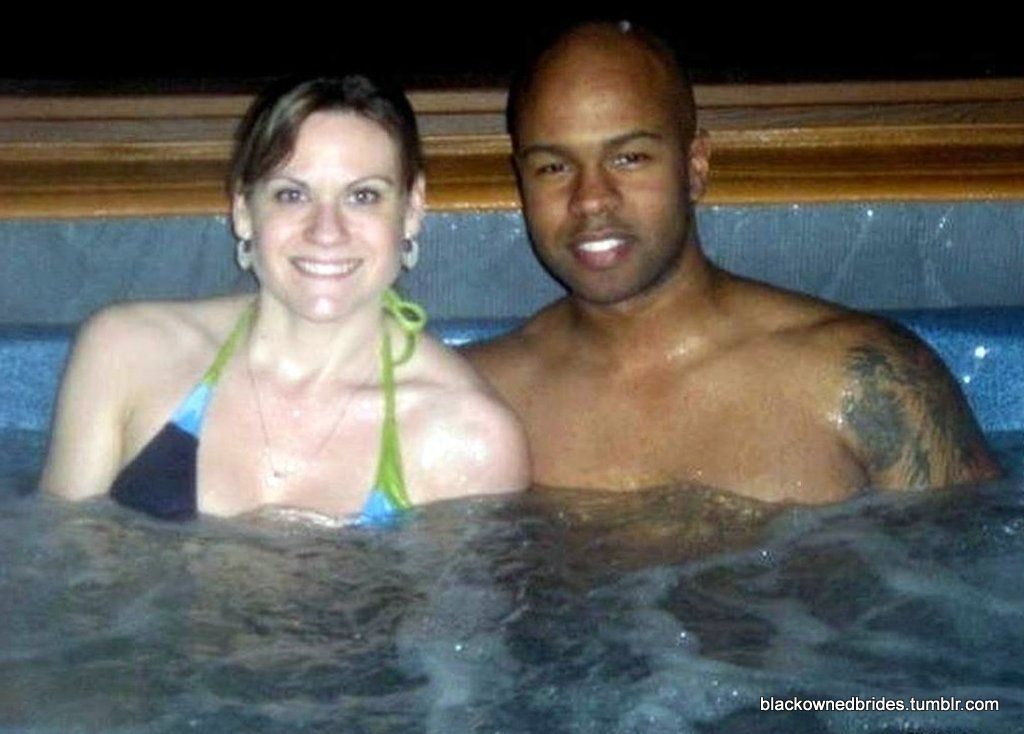 White Women With Black Men Flirting, Swimming And Relaxing -7834